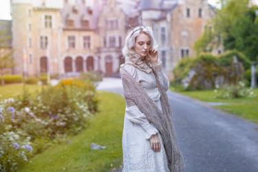 Kari Autumn by Angela Dekens